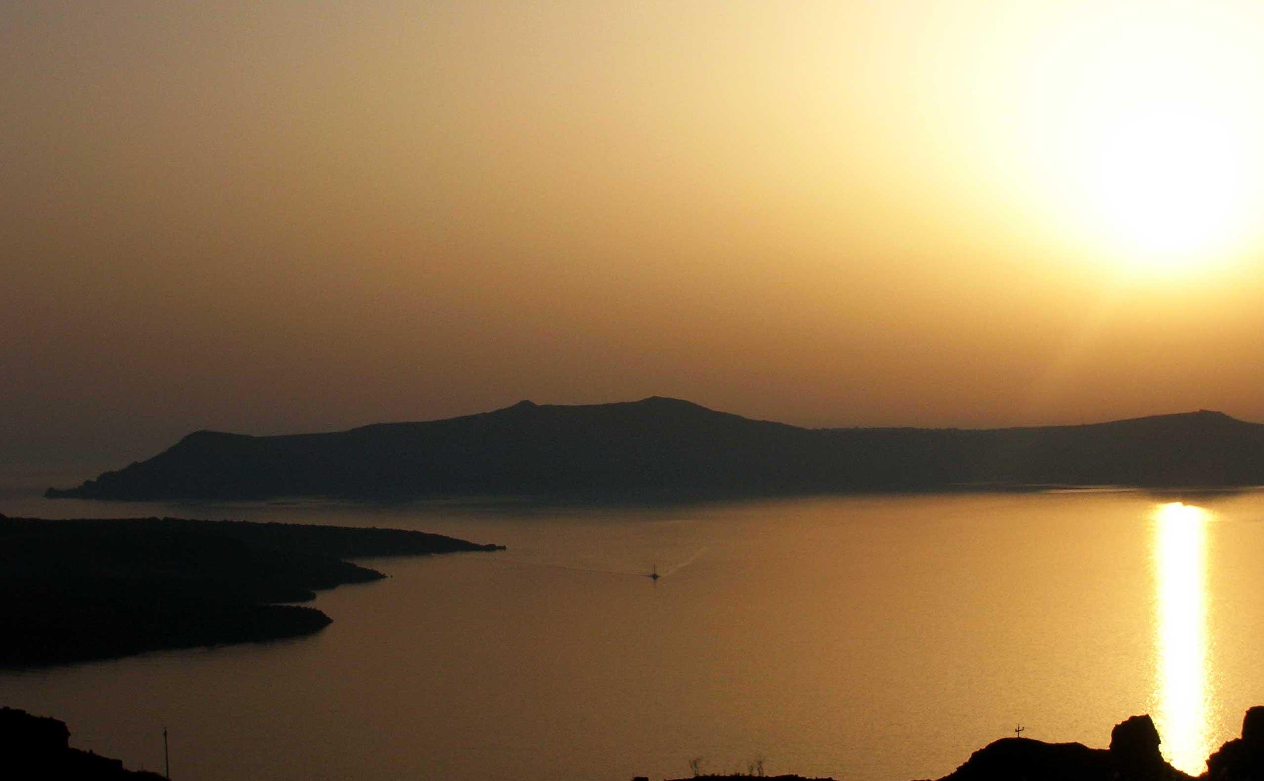 Santorini zalazak sunca sa kaldere Fire